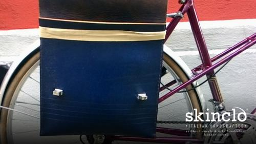 skinclò-bike-bag-on-french-randonneuse-motobecane_handcrafted-leather-covers-and-saddles
