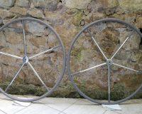 Rivestimento ruota timone: 50 sfumature di grigio.